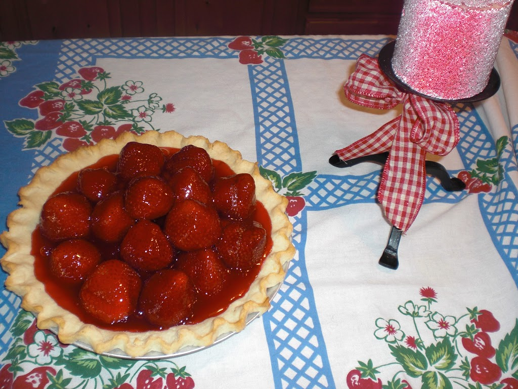 Strawberry Pie with Jello Glaze